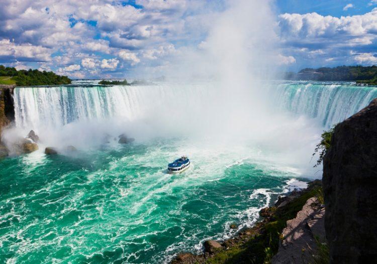 Самые величественные водопады мира: обалденное зрелище