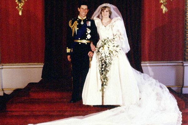 Самые красивые и стильные свадебные платья звезд, 25 фото