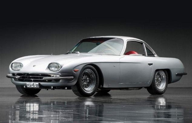 Первые модели самых известных автопроизводителей: 20 фото