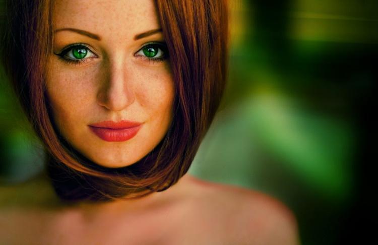 Красивые девушки с зелеными глазами, 30 фото