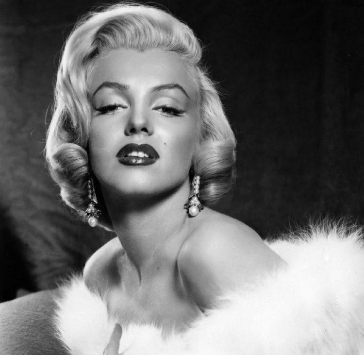 Marilyn Monroe_samyye krasivyye znamenitosti devushki blondinki